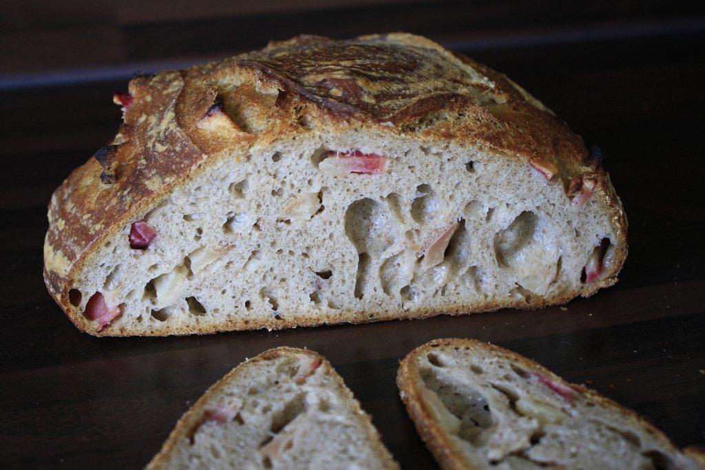 Thumbnail Zoet appeldesem brood