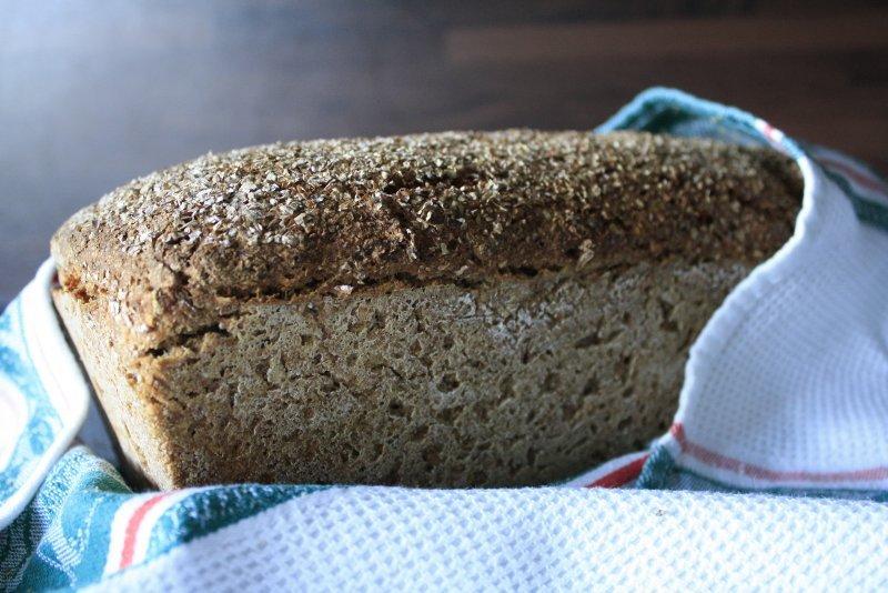 Gebakken volrogge brood